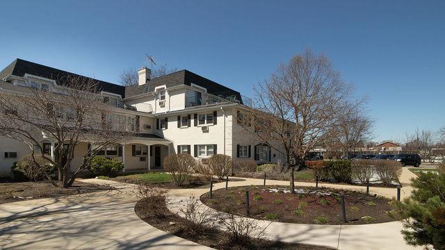 516 W Eastman Street 2B, Arlington Heights, IL 60005 (MLS #10347304) :: Domain Realty