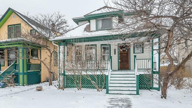 711 N Lombard Avenue, Oak Park, IL 60302 (MLS #10347400) :: Angela Walker Homes Real Estate Group