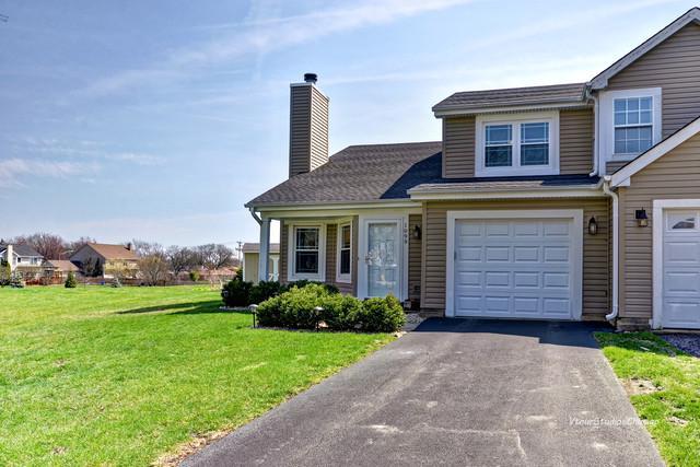 1099 Bradbury Circle, Carol Stream, IL 60188 (MLS #10347429) :: Helen Oliveri Real Estate