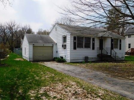 313 E Elm Street, Chatsworth, IL 60921 (MLS #10347499) :: Janet Jurich Realty Group
