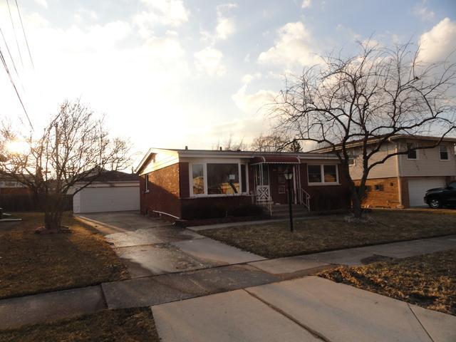 318 Constance Lane, Chicago Heights, IL 60411 (MLS #10347678) :: Helen Oliveri Real Estate