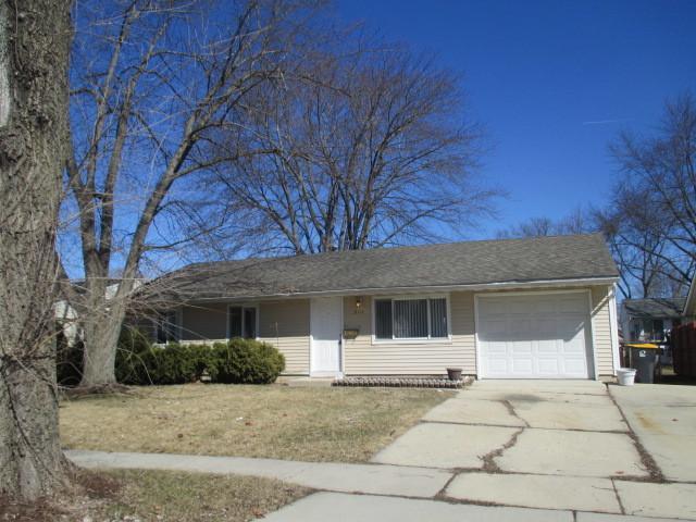 814 Oriole Drive, Streamwood, IL 60107 (MLS #10347689) :: Helen Oliveri Real Estate