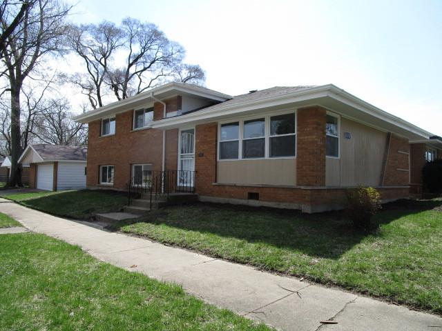14701 Avalon Avenue, Dolton, IL 60419 (MLS #10347854) :: Domain Realty
