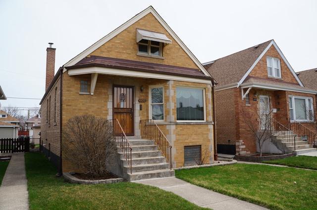 6135 S Tripp Avenue, Chicago, IL 60629 (MLS #10347905) :: Helen Oliveri Real Estate