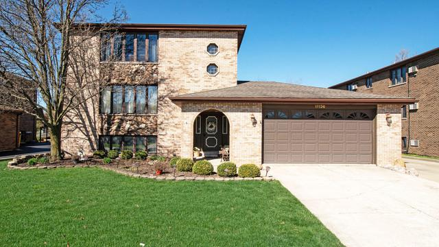 11136 S Helena Drive, Palos Hills, IL 60465 (MLS #10347909) :: Leigh Marcus | @properties