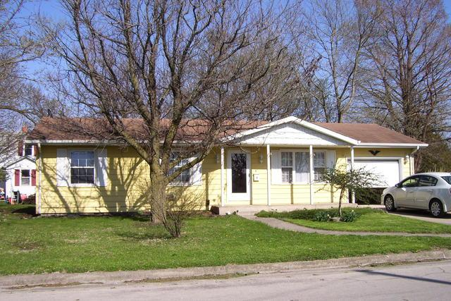 664 N Morgan Street, BEMENT, IL 61813 (MLS #10347928) :: Janet Jurich Realty Group