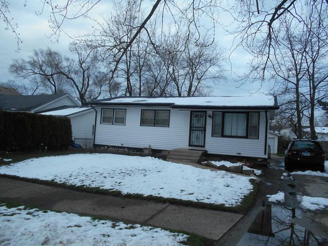 2325 Wright Avenue, North Chicago, IL 60064 (MLS #10347978) :: Leigh Marcus | @properties