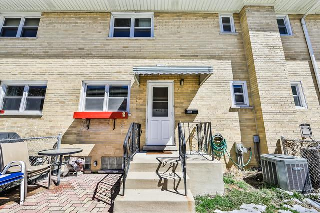 4450 W Dakin Street D, Chicago, IL 60641 (MLS #10348029) :: Domain Realty