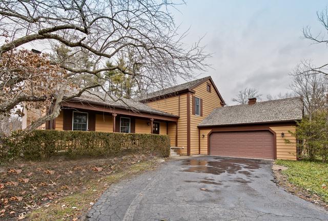 18 Mayfair Lane, Lincolnshire, IL 60069 (MLS #10348311) :: Helen Oliveri Real Estate