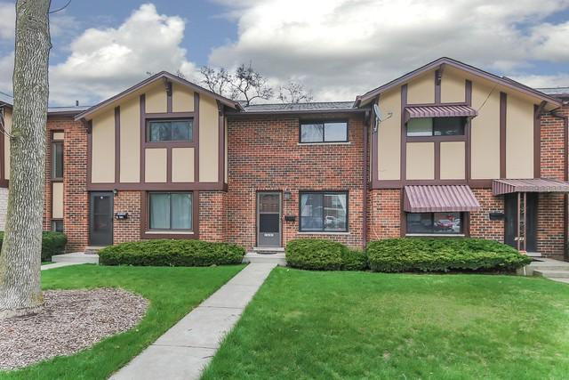 1S283 Michigan Avenue, Villa Park, IL 60181 (MLS #10348376) :: BNRealty