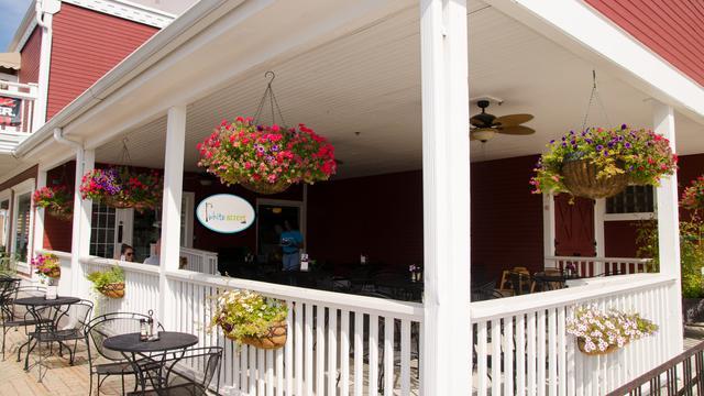11 White Street, Frankfort, IL 60423 (MLS #10348613) :: Baz Realty Network | Keller Williams Preferred Realty