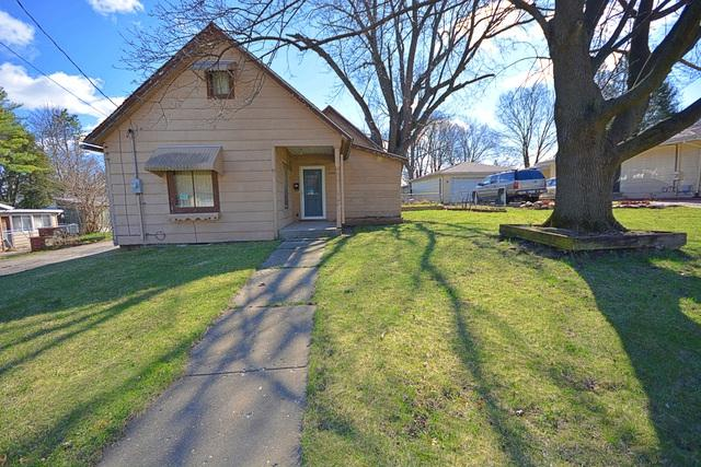 2340 25th Street, Rockford, IL 61108 (MLS #10348682) :: Ryan Dallas Real Estate