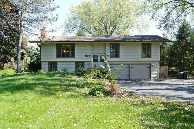 419 Greenwood Lane, Barrington, IL 60010 (MLS #10348708) :: Helen Oliveri Real Estate
