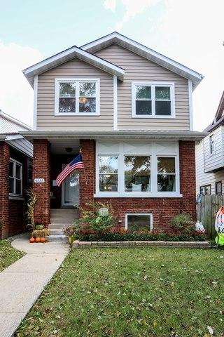 4535 N Lowell Avenue, Chicago, IL 60630 (MLS #10348729) :: Domain Realty