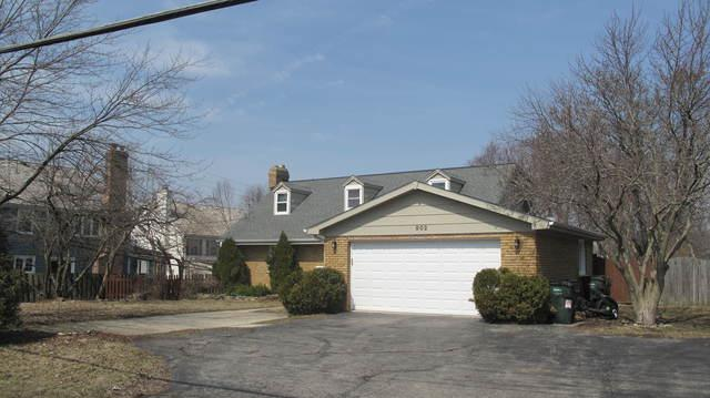 902 E Main Street, Barrington, IL 60010 (MLS #10348775) :: The Jacobs Group