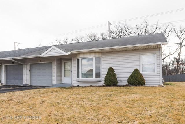 3 Helen Court, Streamwood, IL 60107 (MLS #10348928) :: Helen Oliveri Real Estate