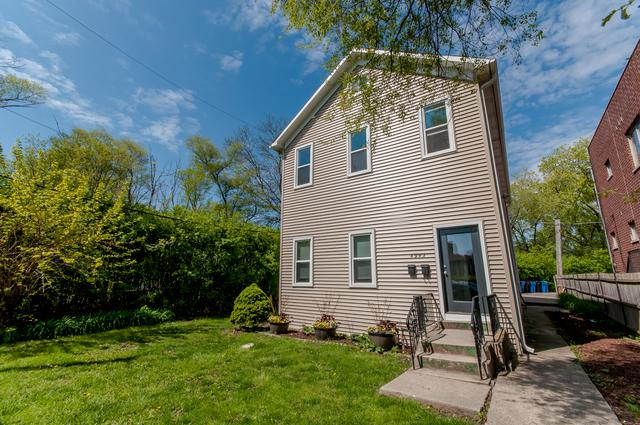 4942 N Lockwood Avenue, Chicago, IL 60630 (MLS #10349002) :: Domain Realty