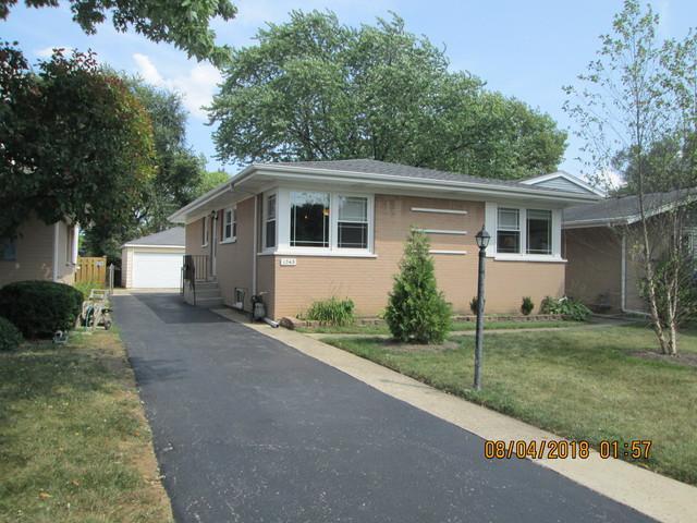1343 S Highland Avenue, Arlington Heights, IL 60005 (MLS #10349031) :: BNRealty
