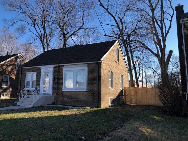 323 E 142nd Street, Dolton, IL 60419 (MLS #10349196) :: Century 21 Affiliated