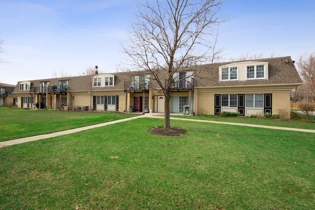 1111 Pleasant Run Drive #908, Wheeling, IL 60090 (MLS #10349382) :: Helen Oliveri Real Estate