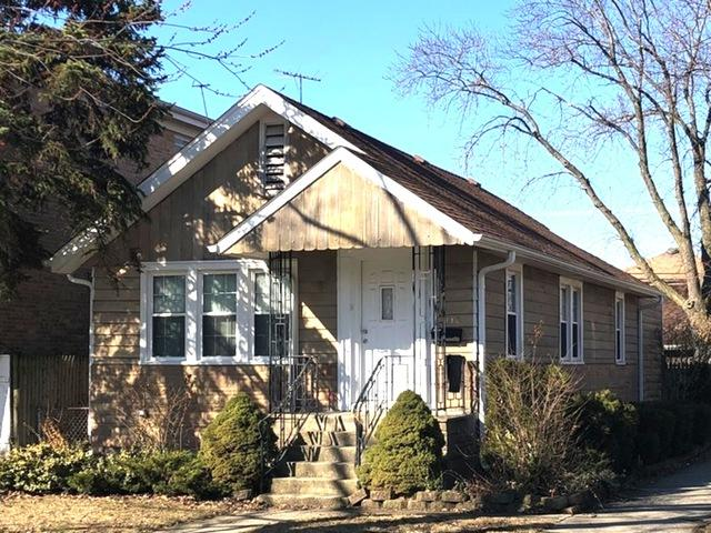 2048 N 72nd Court, Elmwood Park, IL 60707 (MLS #10349403) :: Domain Realty