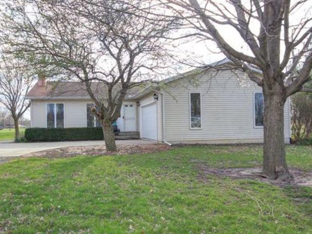 126 Countryside Drive, LEROY, IL 61752 (MLS #10349461) :: BNRealty