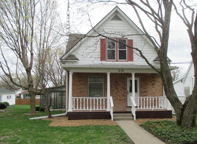 218 S Central Avenue, Ladd, IL 61329 (MLS #10349644) :: Domain Realty