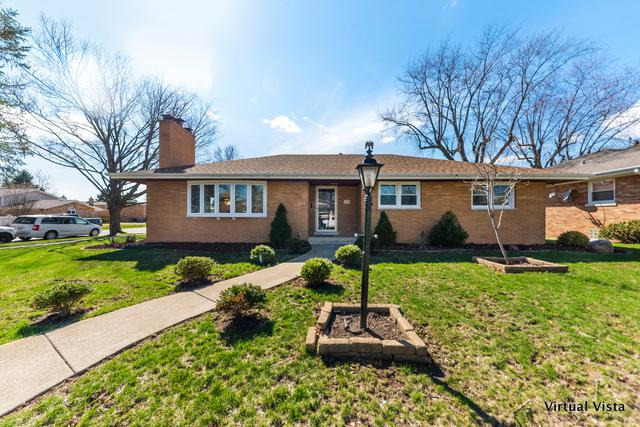 2420 Hawthorne Avenue, Westchester, IL 60154 (MLS #10349999) :: Leigh Marcus | @properties