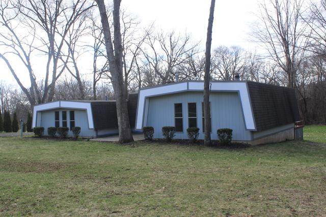 8715 Hickory Lane, Wonder Lake, IL 60097 (MLS #10350089) :: Domain Realty