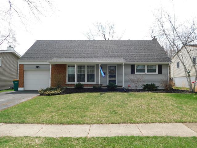 661 Maple Drive, Buffalo Grove, IL 60089 (MLS #10350261) :: Helen Oliveri Real Estate