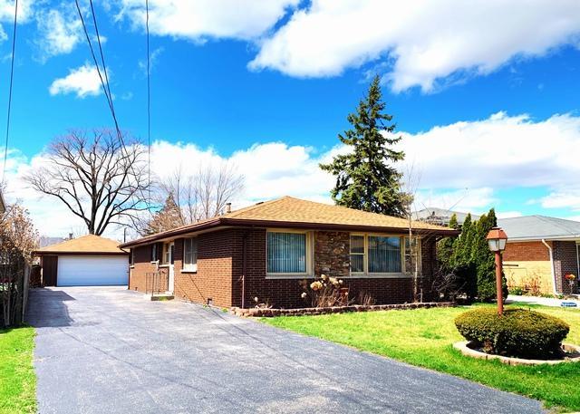 7534 S Octavia Avenue, Bridgeview, IL 60008 (MLS #10350418) :: Leigh Marcus | @properties