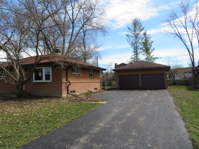 69 Golfview Road, Lake Zurich, IL 60047 (MLS #10350605) :: The Jacobs Group
