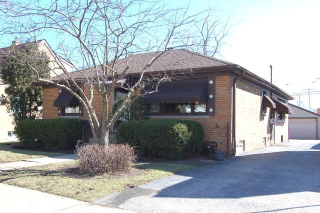 4035 Prairie Avenue, Schiller Park, IL 60176 (MLS #10350669) :: Leigh Marcus | @properties