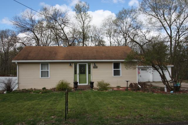 25210 S Canal Street, Channahon, IL 60410 (MLS #10350733) :: Helen Oliveri Real Estate