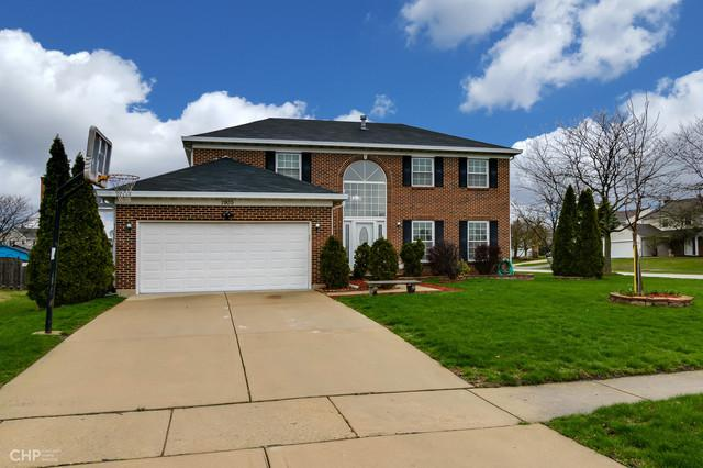 1905 Saint Clair Court, Hanover Park, IL 60133 (MLS #10350734) :: Berkshire Hathaway HomeServices Snyder Real Estate