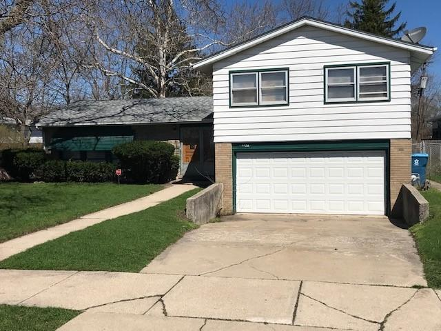 1124 E 159th Place, South Holland, IL 60473 (MLS #10350881) :: Helen Oliveri Real Estate