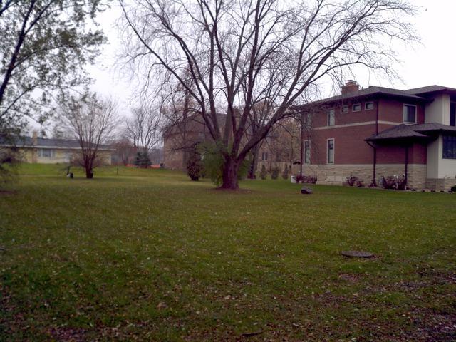 2104 N Ridge Avenue, Arlington Heights, IL 60004 (MLS #10351089) :: Touchstone Group