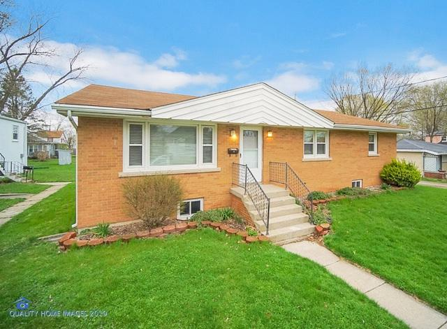 220 W 5TH Street, Momence, IL 60954 (MLS #10351206) :: Leigh Marcus | @properties
