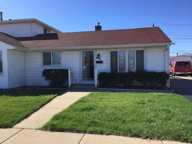 4511 W 87th Street, Hometown, IL 60456 (MLS #10351280) :: Helen Oliveri Real Estate