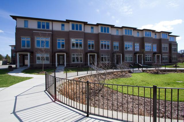 7832 Madison Street #23, River Forest, IL 60305 (MLS #10351298) :: Century 21 Affiliated