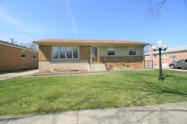 442 S Mayfair Place, Chicago Heights, IL 60411 (MLS #10351461) :: Helen Oliveri Real Estate