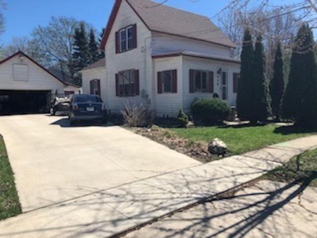 930 S Main Street, Belvidere, IL 61008 (MLS #10351516) :: Leigh Marcus | @properties