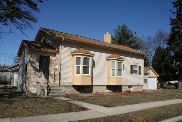 1218 Shuler Street, Elgin, IL 60123 (MLS #10351686) :: Helen Oliveri Real Estate