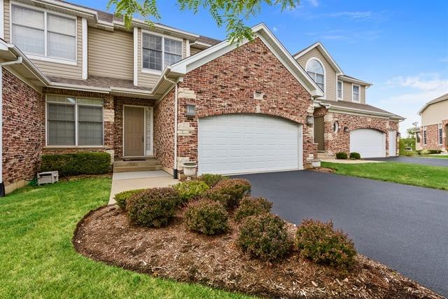 1274 S Falcon Drive, Palatine, IL 60067 (MLS #10351721) :: Helen Oliveri Real Estate