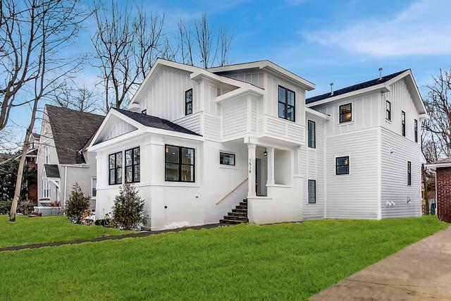 1518 Wilmette Avenue, Wilmette, IL 60091 (MLS #10351744) :: Century 21 Affiliated