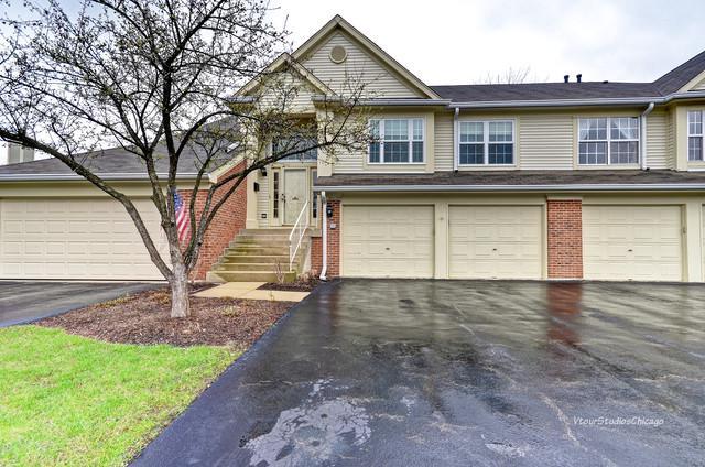 30w014 Cedar Court, Warrenville, IL 60555 (MLS #10351777) :: Leigh Marcus | @properties