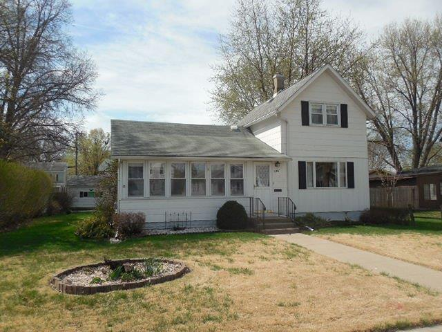 607 W 7th Street, Sterling, IL 61081 (MLS #10351931) :: Century 21 Affiliated