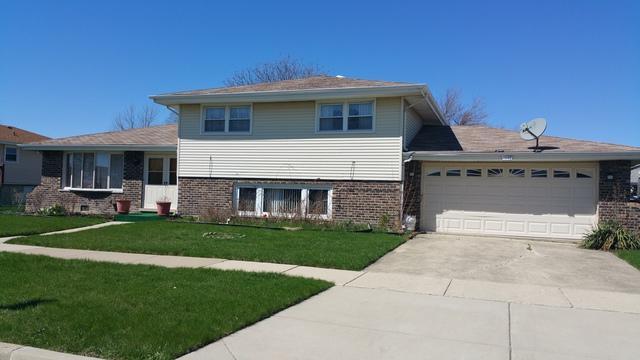 7340 W 81st Street, Bridgeview, IL 60455 (MLS #10351944) :: Leigh Marcus | @properties