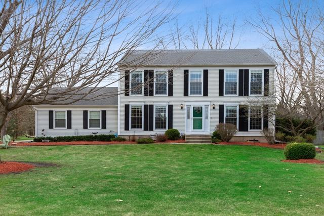7613 Pheasant Drive, Lakewood, IL 60014 (MLS #10352009) :: Helen Oliveri Real Estate