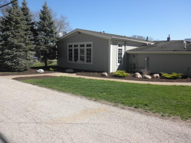4510 Riverside Drive, Crystal Lake, IL 60014 (MLS #10352105) :: The Jacobs Group